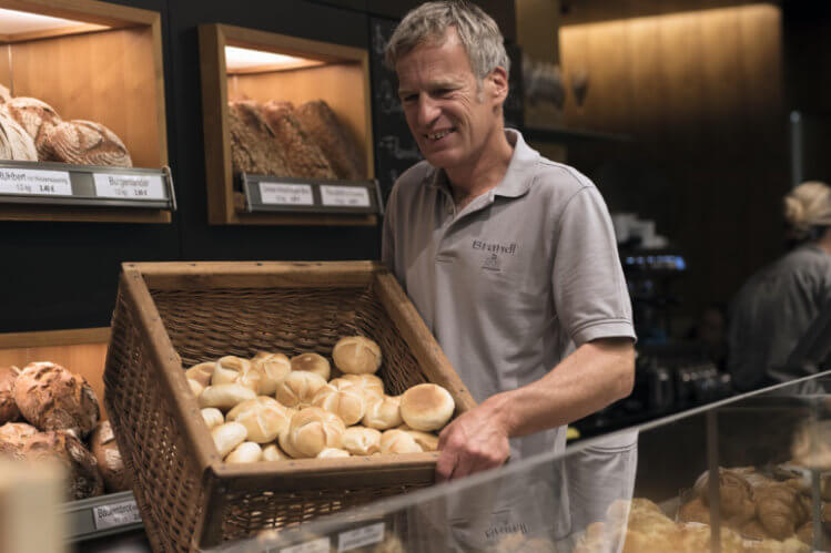 Frische Semmerl aus der Brandl Bäckerei